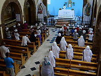 ETHIOPIA , Dire Dawa, catholic church, holy mass / AETHIOPIEN, Dire Dawa, St. Augustine Katholische Kirche der Kapuziner