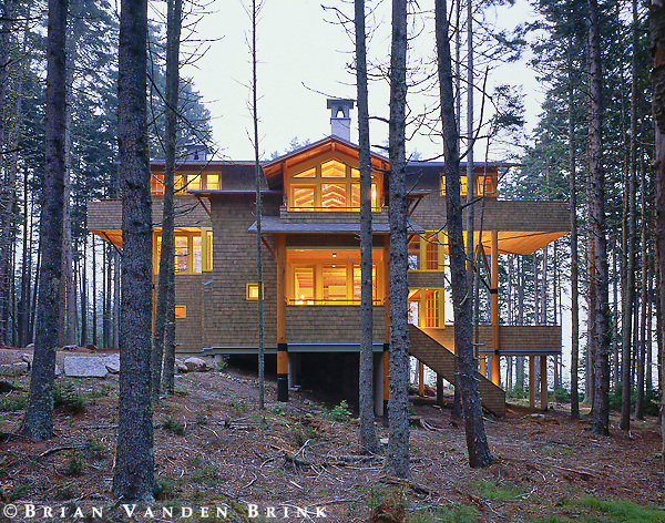 Design: Winton Scott Architect