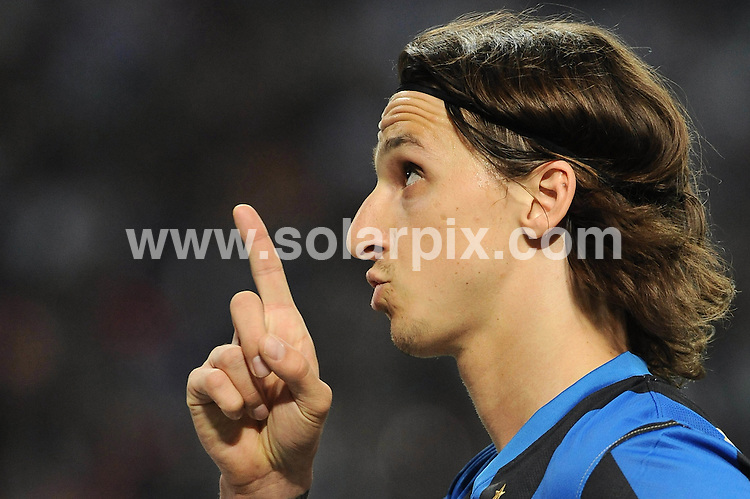 **ALL ROUND PICTURES FROM SOLARPIX.COM**.**WORLDWIDE SYNDICATION RIGHTS EXCLUDING ITALY - NO PUBLICATION IN ITALY**.Italian football - Seria A  Inter v Lazio.This pic:  Ibrahimovic.JOB REF:  8933     MXN       DATE:  02.05.09.**MUST CREDIT SOLARPIX.COM OR DOUBLE FEE WILL BE CHARGED**.**ONLINE USAGE FEE GBP 50.00 PER PICTURE - NOTIFICATION OF USAGE TO PHOTO @ SOLARPIX.COM**.**CALL SOLARPIX : +34 952 811 768 or LOW RATE FROM UK 0844 617 7637**