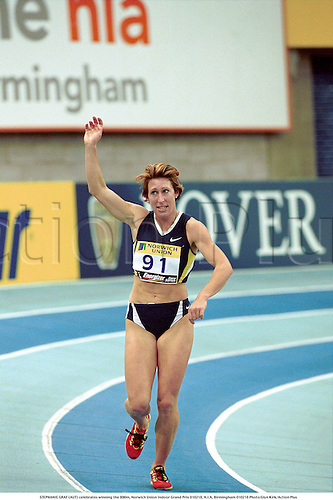 STEPHANIE GRAF (AUT) celebrates winning the 800m, Norwich Union Indoor Grand Prix 010218, N.I.A, Birmingham 010218 Photo:Glyn Kirk/Action Plus...Athletics.Distance.Joy.Celebrations.2001.woman.track and field.female Steffi Stephie
