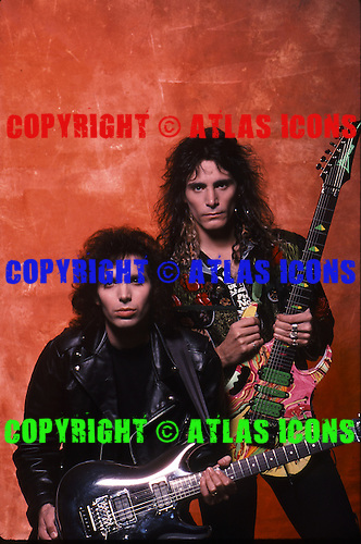 STEVE VAI AND JOE SATRIANI, 1989, STUDIO, NEIL ZLOZOWER