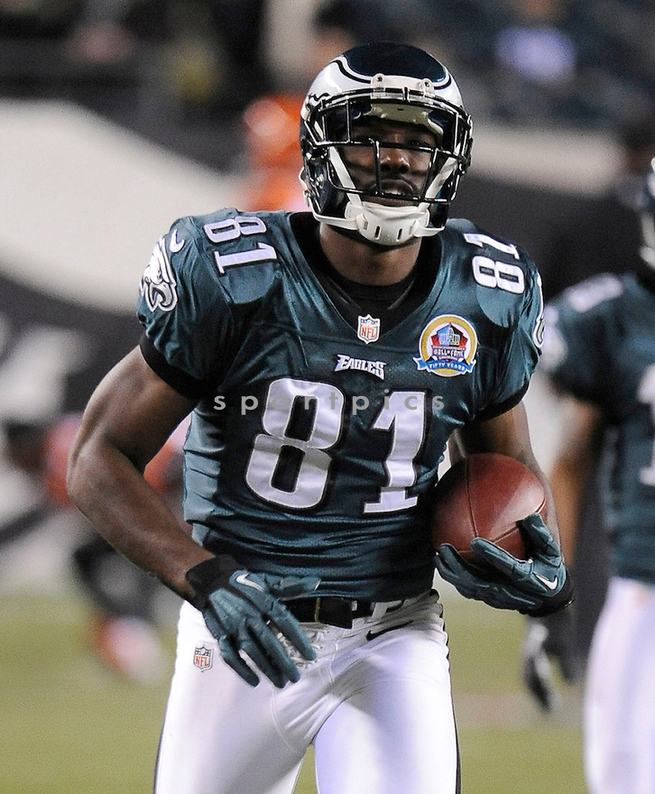 Philadelphia Eagles Jason Avant (81) in action during a game against the Bengals on December 13, 2012 at Lincoln Financial Field in Philadelphia, PA. The Bengals beat the Eagles 34-13.