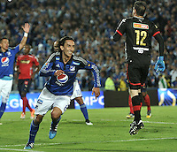 BOGOTA - COLOMBIA -09 -05-2015: Rafael Robayo (Izq.), jugador de Millonarios, celebra el gol anotado al Deportivo Independiente Medellin, durante partido entre Millonarios y Deportivo Independiente Medellin,  por la fecha 19 de la Liga Aguila I-2015, jugado en el estadio Nemesio Camacho El Campin de la ciudad de Bogota.  / Rafael Robayo (L), player of Millonarios celebrates a scored goal to Deportivo Independiente Medellin, during a match between Millonarios and Deportivo Independiente Medellin, for the date 19 of the Liga Aguila I-2015 at the Nemesio Camacho El Campin Stadium in Bogota city, Photo: VizzorImage / Luis Ramirez / Staff.