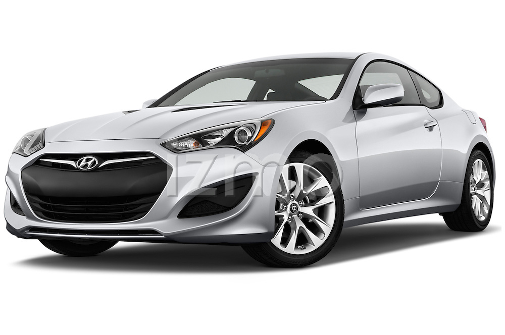 Low aggressive front three quarter view of a .2013 Hyundai Genesis Coupe 2.0T
