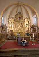 Europe/France/Rhone-Alpes/73/Savoie/Saint-Martin-de-Belleville: Chapelle Notre-Dame-de-la-Vie le choeur et son autel baroque