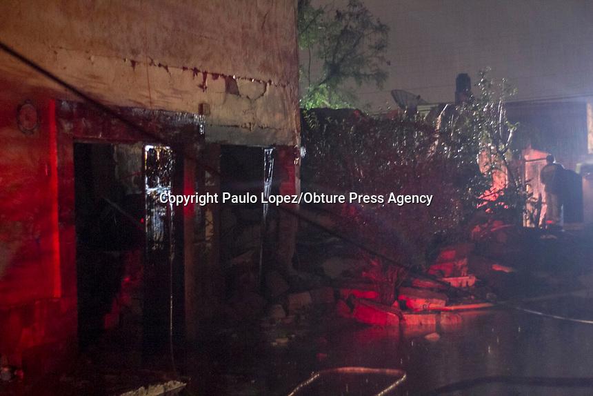 Tequisquiapan.,Qro. 17 de julio del 2017.- al rededor de las 23:00 los bomberos de Tequisquiapan acudieron a una fuga de gas en un inmueble de la calle lucio blanco de la colonia Adolfo López Mateo, al tratar de controlar la fuga de gas vino la explosión donde esta causo varias lesiones a los bomberos y provocando daños serios en las viviendas de su alrededor, donde dos bomberos resultaron con lesiones de consideración luego de que explotara el tanque estacionario de gas LP.