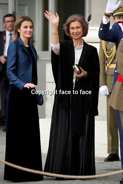 06-01-2014 Madrid Princess Letizia and Queen Sofia at the New Year's Military Parade, Pascua Militar, 2014 at the Royal palace in Madrid.<br /> <br /> No Spain<br /> <br /> <br /> <br /> Credit: PPE/face to face<br /> - No Rights for Netherlands -
