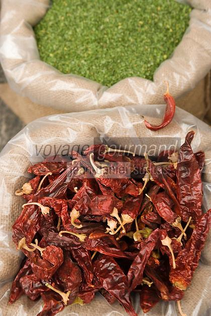Asie/Israël/Judée/Jérusalem détail étal de piments sur le marché Mahane Yehuda un des marchés les plus importants de la a ville