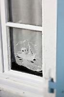 Europe/France/Poitou-Charentes/17/Charente-Maritime/Ile de Ré/Ars-en-Ré: Détail d'une fenêtre