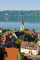 DEU, Deutschland, Baden-Wuerttemberg, Bodensee: Blick ueber Sipplingen mit Pfarrkirche St. Martin | DEU, Germany, Baden-Wuerttemberg, Lake Constance: view across Sipplingen with parish church St. Martin