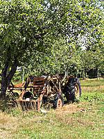 Derelict Tractor in farmers field..©shoutpictures.com..john@shoutpictures.com