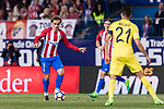 Antoine Griezmann of Atletico de Madrid (L) in action during the La Liga match between Atletico de Madrid vs Villarreal CF at the Estadio Vicente Calderon on 25 April 2017 in Madrid, Spain. Photo by Diego Gonzalez Souto / Power Sport Images