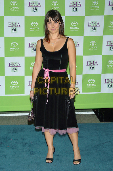 CONSTANCE ZIMMER.14th Annual Environmental Media Association Awards held at the Wilshire Ebell Theatre..17 November 2004 .full length, black dress, pink ribbon belt, pink chiffon.www.capitalpictures.com.sales@capitalpictures.com.© Capital Pictures.