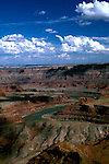 UT: Utah; Canyonlands National Park, Colorado River, Gooseneck, view from Dead Horse Point                 .Photo Copyright: Lee Foster, lee@fostertravel.com, www.fostertravel.com, (510) 549-2202.Image: utcany212