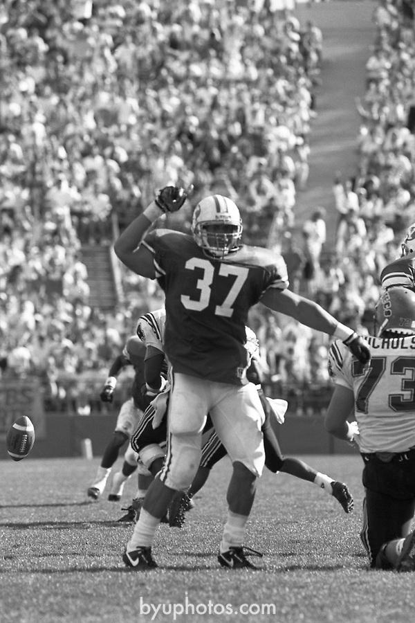 1305 C 37a<br /> <br /> FTB 1305 A-T<br /> <br /> September 22, 1990<br /> <br /> Football - BYU vs. San Diego St.<br /> <br /> Mark Philbrick A-K <br /> Rick Gleason L-T<br /> <br /> BYU Photo 2017<br /> All Rights Reserved<br /> photo@byu.edu <br /> (801) 422-7322