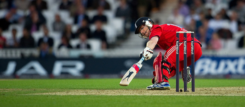 England's Eoin Morgan turning for a 2nd run against New Zealand in the first T20<br /> <br />  (Photo by Ashley Western/CameraSport) <br /> <br /> International Cricket - NatWest International T20 Series - England v New  Zealand - Tuesday 25th June 2013 - The Kia Oval, London <br /> <br />  &copy; CameraSport - 43 Linden Ave. Countesthorpe. Leicester. England. LE8 5PG - Tel: +44 (0) 116 277 4147 - admin@camerasport.com - www.camerasport.com