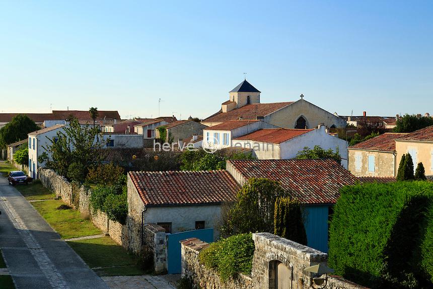 France, Charente-Maritime (17), Hiers-Brouage, citadelle de Brouage et l'église Saint-Pierre-et-Saint-Paul // France, Charente Maritime, Hiers Brouage, Citadel of Brouage