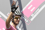 Race leader Maglia Rosa Simon Yates (GBR) Mitchelton-Scott at sign on before the start of Stage 19 of the 2018 Giro d'Italia, running 185km from Venaria Reale to Bardonecchia featuring the Cima Coppi of this Giro, the highest climb on the Colle delle Finestre with its gravel roads, before finishing on the final climb of the Jafferau, Italy. 25th May 2018.<br /> Picture: LaPresse/Fabio Ferrari | Cyclefile<br /> <br /> <br /> All photos usage must carry mandatory copyright credit (&copy; Cyclefile | LaPresse/Fabio Ferrari)