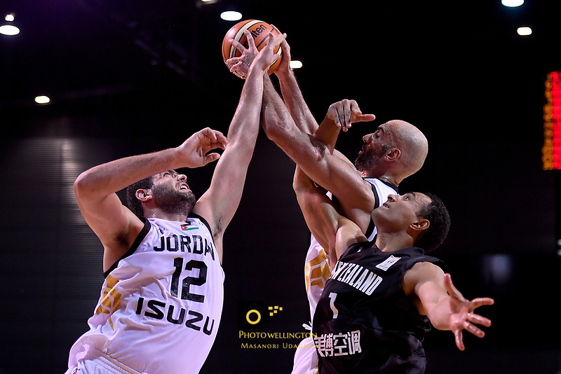 New Zealand Tall Blacks&rsquo; Mika Vukona and Jordan&rsquo;s Yousef Abuwazaneh in action during the FIBA World Cup Basketball Qualifier - NZ Tall Blacks v Jordan at Horncastle Arena, Christchurch, New Zealand on Thursday 29 November  2018. <br /> Photo by Masanori Udagawa. <br /> www.photowellington.photoshelter.com