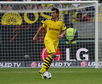 Mats Hummels (Borussia Dortmund) - 22.09.2019: Eintracht Frankfurt vs. Borussia Dortmund, Commerzbank Arena, 5. Spieltag<br /> DISCLAIMER: DFL regulations prohibit any use of photographs as image sequences and/or quasi-video.