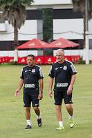 SANTOS, SP, 17.11.2015 - FUTEBOL-SANTOS - Dorival Junior do Santos durante sessão de treinamento no Centro de Treinamento Rei Pelé nesta terça-feira, 17.(Foto: Flavio Hopp / Brazil Photo Press)