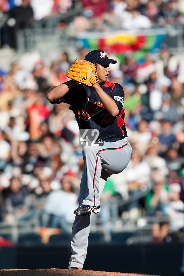 15 March 2009: #22 Kyuji Fujikawa of Japan pitches against Cuba during the 2009 World Baseball Classic Pool 1 game 1 at Petco Park in San Diego, California, USA. Japan wins 6-0 over Cuba.
