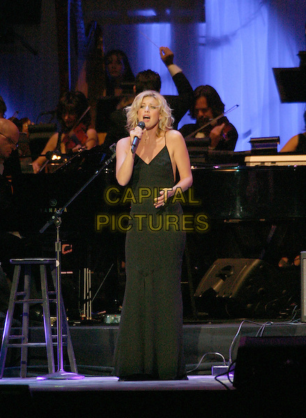 FAITH HILL.The 9th Annual Agassi Grand Slam for Children..Photo: Kevin Ferguson/2004.October 2nd, 2004.full length, concert, stage, live, gig, singing, black dress.www.capitalpictures.com.sales@capitalpictures.com.©Kevin Ferguson/AdMedia/Capital Pictures