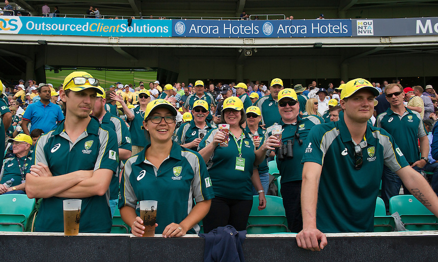 Australian fans during the lunch break<br /> <br /> Photographer Ashley Western/CameraSport<br /> <br /> International Cricket - Investec Ashes Test Series 2015 - Fifth Test - England v Australia - Day 1 - Thursday 20th August 2015 - Kennington Oval - London<br /> <br /> &copy; CameraSport - 43 Linden Ave. Countesthorpe. Leicester. England. LE8 5PG - Tel: +44 (0) 116 277 4147 - admin@camerasport.com - www.camerasport.com