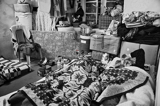 4.4..2015, Kirkuk,Iraq: the sleeping room for Najiba and her husband.