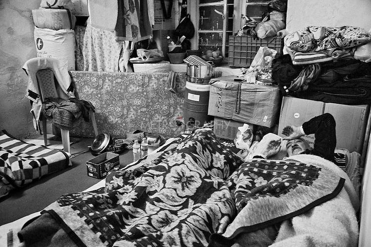 4.4..2015, Kirkuk,Iraq: the sleeping room for Najiba and her husband.