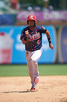 Peoria Chiefs third baseman Leobaldo Pina (4) running the bases during the first game of a doubleheader against the South Bend Cubs on July 25, 2016 at Four Winds Field in South Bend, Indiana.  South Bend defeated Peoria 9-8.  (Mike Janes/Four Seam Images)