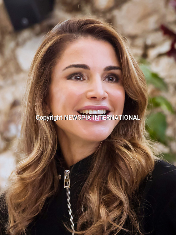 Queen Rania Visits Nashmi Center