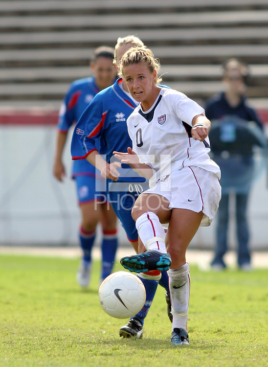 Aly Wagner makes a pass. The USA defeated Iceland 2-1 at Univ. of Richmond Stadium in Richmond, Virginia on Sunday, October 8, 2006.