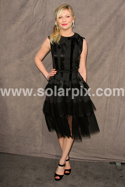 **ALL ROUND PICTURES FROM SOLARPIX.COM**                                             **SYNDICATION RIGHTS FOR UK, AUSTRALIA, DENMARK, PORTUGAL, S. AFRICA, SPAIN & DUBAI (U.A.E) & ASIA (EXCLUDING JAPAN) ONLY**                                                                                   17th Annual Critics Choice Movie Awards - Arrivals - Hollywood Palladium - Hollywood, CA, USA                                                                             This pic:     Kirsten Dunst                                                                      JOB REF:  14357    PHZ Evans      DATE: 13.01.12                                                           **MUST CREDIT SOLARPIX.COM OR DOUBLE FEE WILL BE CHARGED**                                                                      **MUST AGREE FEE BEFORE ONLINE USAGE**                               **CALL US ON: +34 952 811 768 or LOW RATE FROM UK 0844 617 7637**