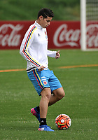BOGOTA - COLOMBIA  - 25 – 03 – 2017: James Rodriguez, jugador de la Seleccion Colombia, durante entrenamiento en La sede de La Federacion Colombiana de Futbol en Bogota. Colombia prepara para el próximo partido partido contra Ecuador para la calificificacion a la Copa Mundo FIFA 2018 Rusia. / James Rodriguez, player of the Colombia Team, during training at the Headquarters of the Colombian Football Federation in Bogota. Colombia prepares for the upcoming game match against Ecuador for calificificacion to FIFA World Cup 2018 Russia. Photo: VizzorImage / Luis Ramirez / Staff.