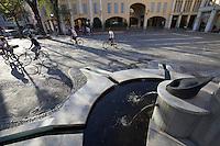 Castelfranco Emilia, Festa di San Nicola - Sagra del Tortellino (Tortellini Festival).<br /> The Tortellini Fountain.