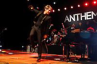 SAO PAULO, SP 21 JULHO 2013 - SHOW HANSON - A banda Hanson se apresentou na noite de hoje, 21, no Credicard Hall em São Paulo. O show faz parte do terceiro da Turnê Anthem, lançado recentemente na Arentina. na foto: Taylor Hanson FOTO: PAULO FISCHER/BRAZIL PHOTO PRESS