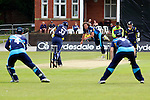 Pix: Shaun Flannery/shaunflanneryphotography.com...COPYRIGHT PICTURE>>SHAUN FLANNERY>01302-570814>>07778315553>>..19th May 2013..Derbyshire Unicorns v Yorkshire Vikings..Yorkshire Bank 40 National League Cricket Match..Yorkshire's Ryan Sidebottom bowls to Unicorns O'Shea.