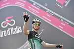 Sam Bennett (IRL) Bora-Hansgrohe at sign on before the start of Stage 4 a 202km very hilly stage running from Catania to Caltagirone, Sicily, Italy. 8th May 2018.<br /> Picture: LaPresse/Fabio Ferrari | Cyclefile<br /> <br /> <br /> All photos usage must carry mandatory copyright credit (&copy; Cyclefile | LaPresse/Fabio Ferrari)