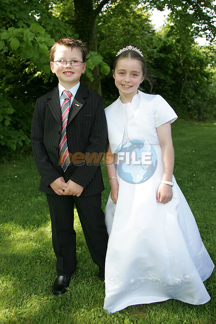 Robbie McAuley and Hannah Heery at First Communion in Sandpit on Saturday.