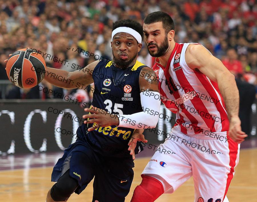 Kosarka Euroleague season 2015-2016<br /> Euroleague <br /> Crvena Zvezda v Fenebahce Istanbul<br /> Bobby Dixon and Branko Lazic (R)<br /> Beograd, 06.11.2015.<br /> foto: Srdjan Stevanovic/Starsportphoto &copy;