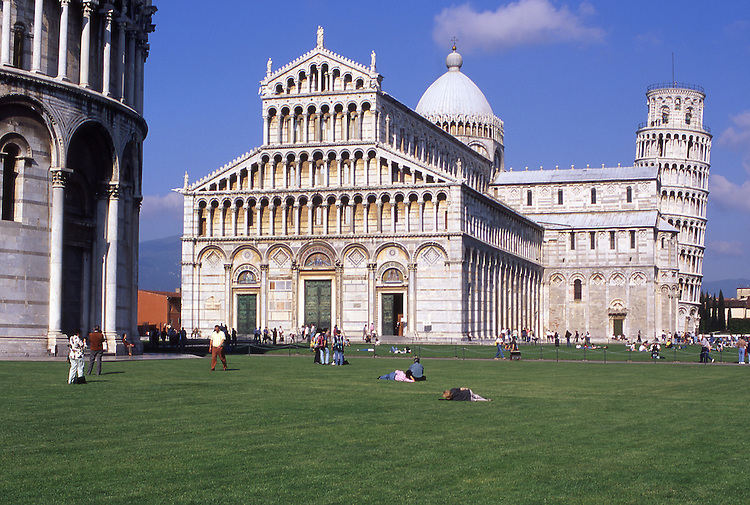 Europe, ITA, Italy, Tuscany, Pisa, Piazza del Duomo, Cathedral and Leaning Tower of Pisa....[ For each utilisation of my images my General Terms and Conditions are mandatory. Usage only against use message and proof. Download of my General Terms and Conditions under http://www.image-box.com or ask for sending. A clearance before usage is necessary...Material is subject to royalties. Each utilisation of my images is subject to a fee in accordance to the present valid MFM-List...Contact | archive@image-box.com | www.image-box.com ]