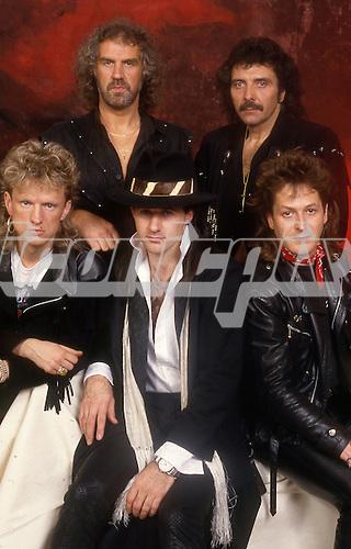 BLACK SABBATH (1987) - L-R: Terry Chimes, Geoff Nicholls, Tony Martin, Tony Iommi, Jo Burt - Photosession in London UK - 1987.  Photo credit: Ray Palmer Archive/IconicPix