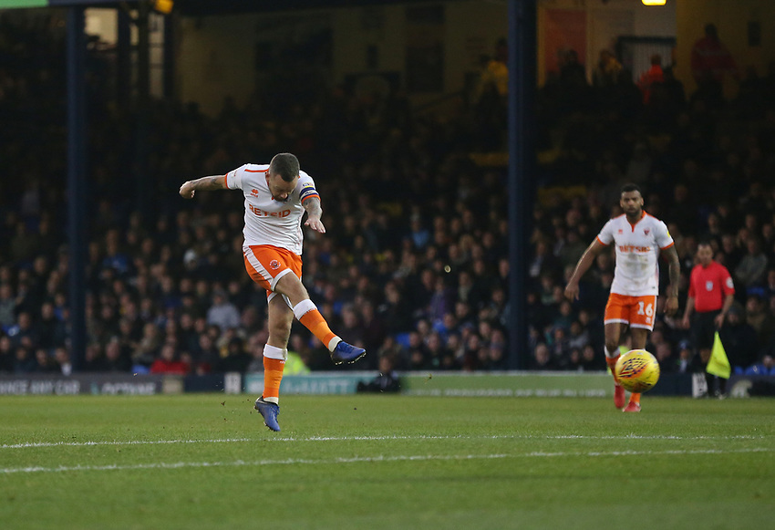 Blackpool's Jay Spearing with a second half shot which hit the crossbar<br /> <br /> Photographer Rob Newell/CameraSport<br /> <br /> The EFL Sky Bet League One - Southend United v Blackpool - Saturday 17th November 2018 - Roots Hall - Southend<br /> <br /> World Copyright © 2018 CameraSport. All rights reserved. 43 Linden Ave. Countesthorpe. Leicester. England. LE8 5PG - Tel: +44 (0) 116 277 4147 - admin@camerasport.com - www.camerasport.com