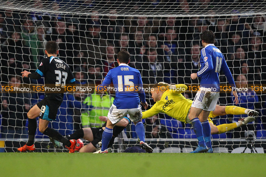 Tommy Oar of Ipswich Town (15) scores the first goal for his team during Ipswich Town vs Portsmouth at Portman Road