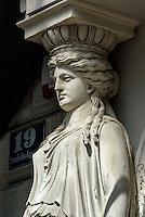Jugendstil-Hauseingang Strudlhofgasse, Wien, &Ouml;sterreich, UNESCO-Weltkulturerbe<br /> Art Nouveau House entrance, Strudelhofgasse, Vienna, Austria, world heritage
