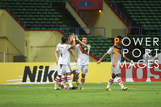 Singapore vs Laos during the AFF Suzuki Cup 2012 Group B match on December 01, 2012 at the Shah Alam Stadium in Shah Alam, Malaysia. Photo by World Sport Group