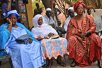 "Mr. Aminata Traaoré, ex Minister of Communication in the Malian Government is trying to involve women in various women issues and to launch a movement entitled ""1000 Standing Malian Women"""