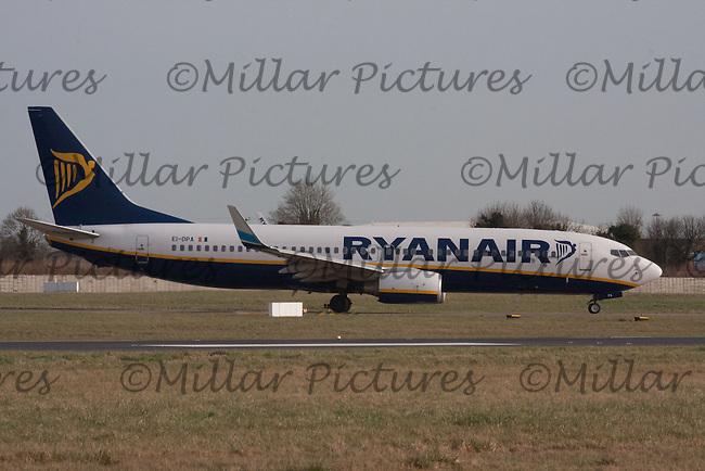 A Ryanair Airlines Boeing 737-8AS Registration EI-DPA taking off at Dublin Airport 8.2.11.