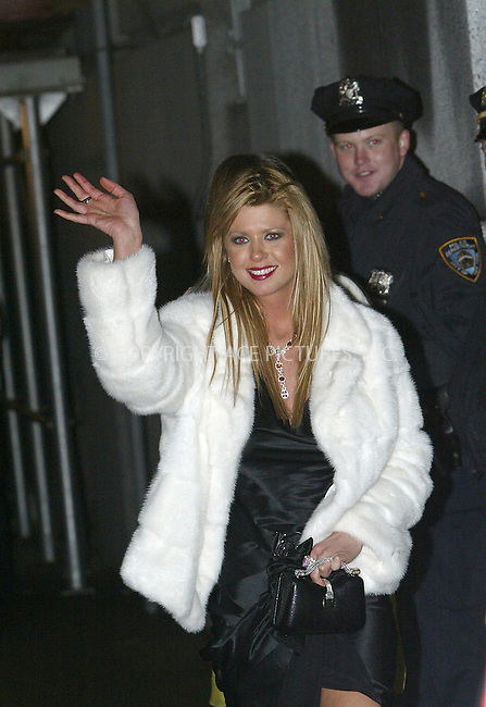 WWW.ACEPIXS.COM . . . . .  ..NEW YORK, NOVEMBER 4, 2004: Tara Reid arriving at Sean 'P. Diddy' Combs Birthday Bash at Cipriani Wall Street. Please byline: Ian Wingfield - ACE PICTURES..... *** ***..Ace Pictures, Inc:  ..Alecsey Boldeskul (646) 267-6913 ..Philip Vaughan (646) 769-0430..e-mail: info@acepixs.com..web: http://www.acepixs.com